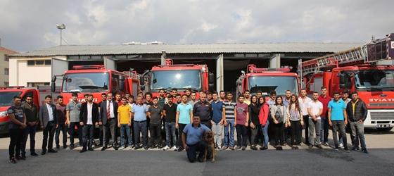 Sivil Savunma ve İtfaiyecilik Programı  Öğrencileri İtfaiyecileri ziyaret etti