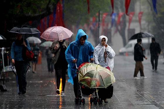 Yağışlar Çarşamba gününe kadar etkili olacak